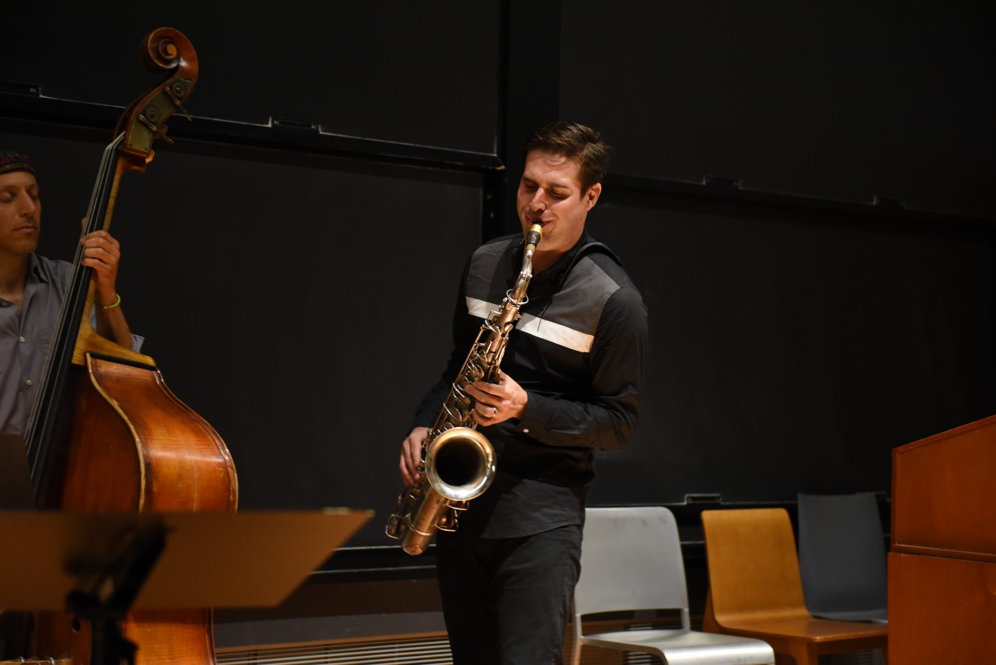 Saxophonist Chet Doxas performs at the Simons Center for the Tuesday Concert Series. (Photo by Cielo Castaneda)